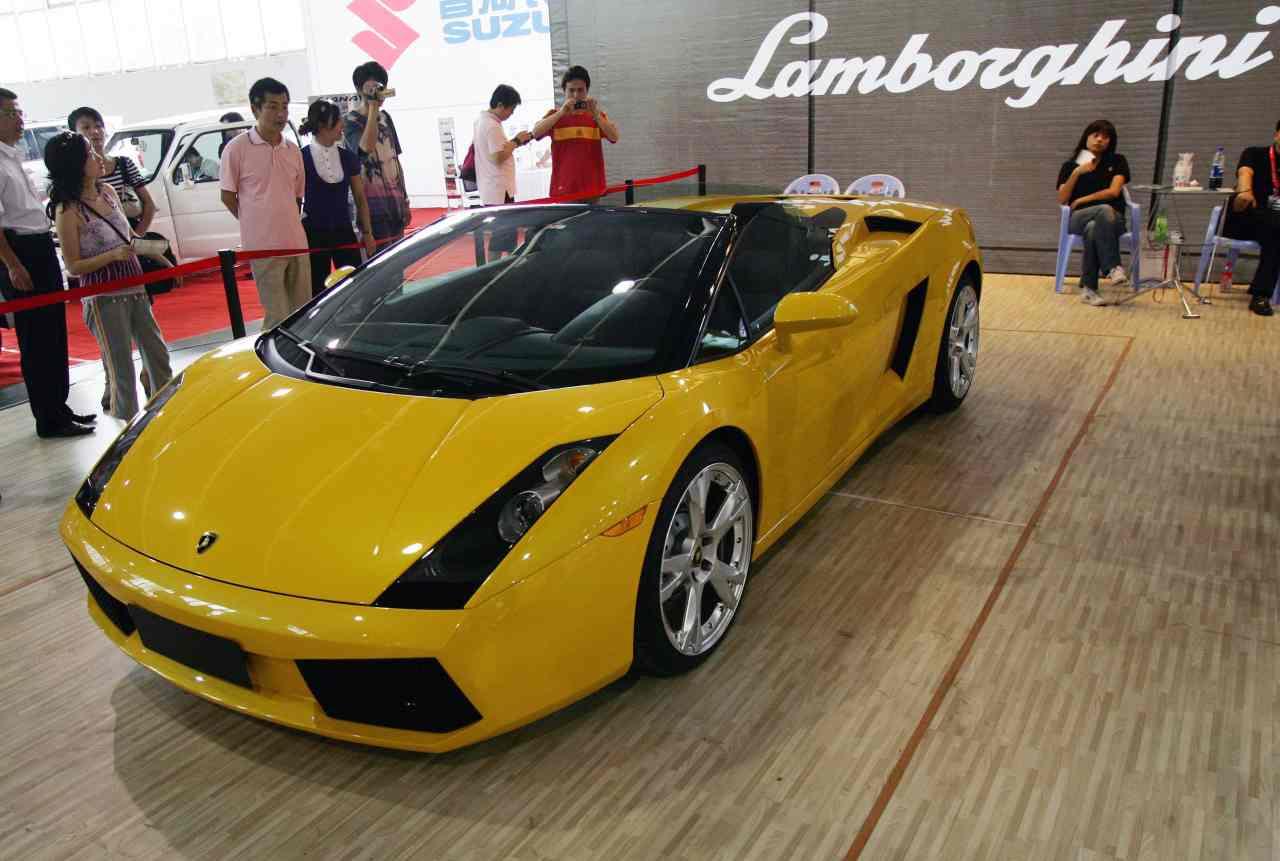 Tej Kohli, Ferrari, Lamborghini e Bugatti: i gioielli dell'imprenditore indiano