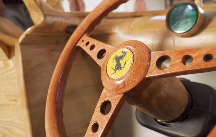 Ferrari di legno