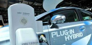 Auto Elettriche, bonus statale esaurito: la richiesta dei costruttori