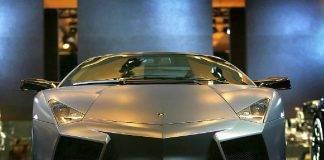 Scoperta in un fienile una rarissima Lamborghini: il video