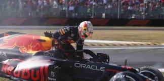 Max Verstappen della Red Bull in testa alla classifica Mondiale di Formula 1