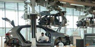 Crisi dei microchip, prodotte 7.7 milioni di Auto in meno