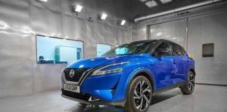 """Nissan e il """"profumo d'Auto nuova"""": trovata in laboratorio la formula giusta"""