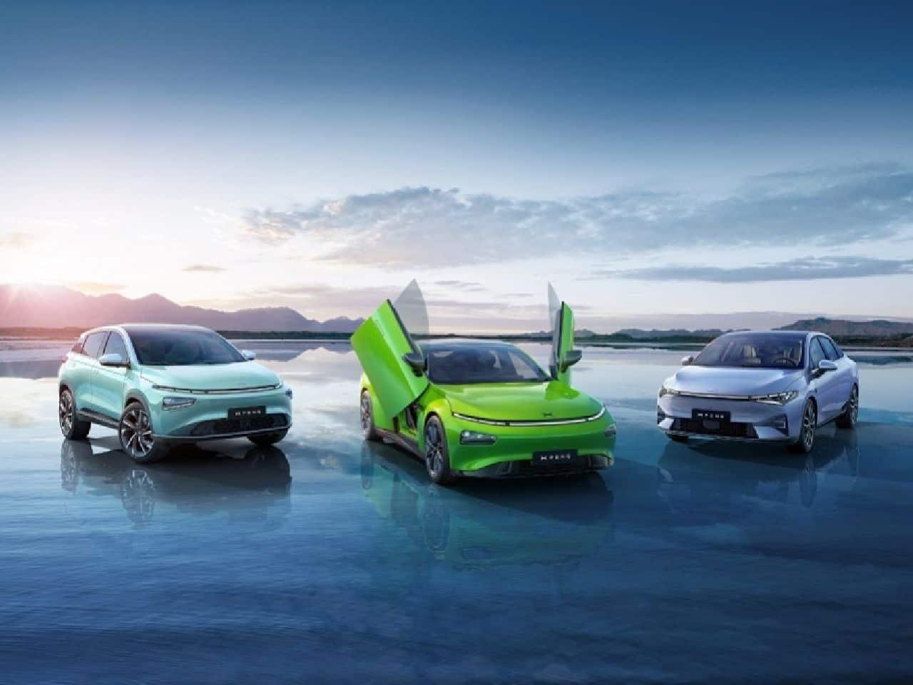 """La """"Tesla cinese"""" ha 600 km di autonomia: l'innovativa XPeng 5 al debutto"""